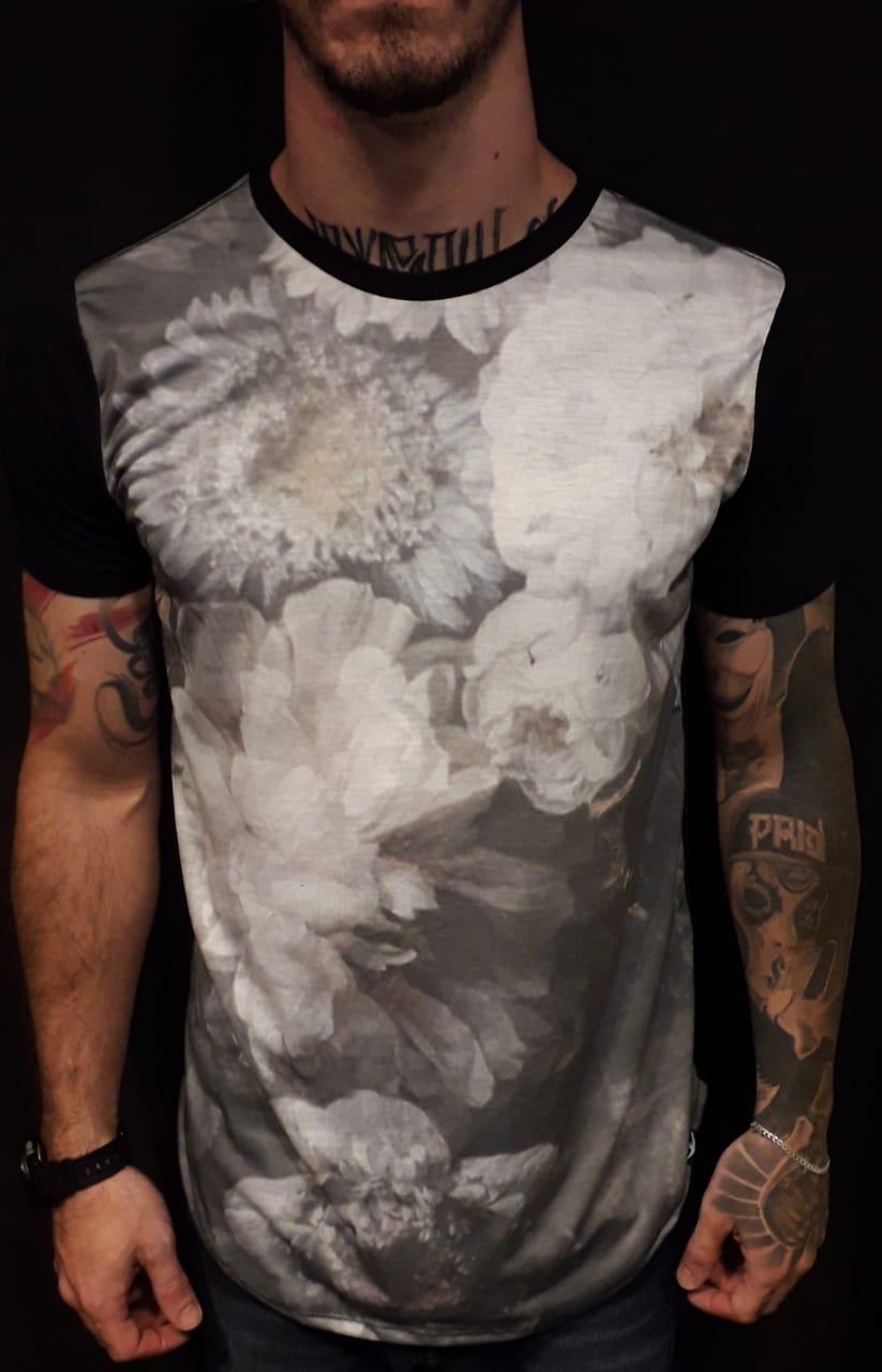 Camiseta Evoque Long Flowers Blur  - Harpia Moda - Moda Masculina & Acessórios