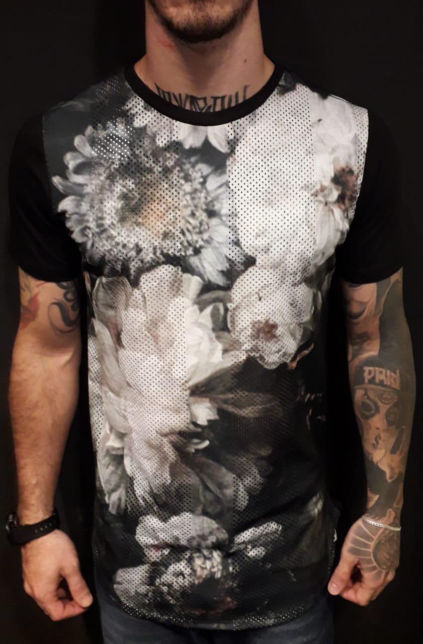 Camiseta Evoque Long  Flowers Ilusion  - Harpia Moda - Moda Masculina & Acessórios