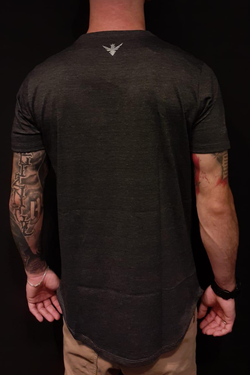 Camiseta Evoque Long Line Cinza Magica Woman  - Harpia Moda - Moda Masculina & Acessórios