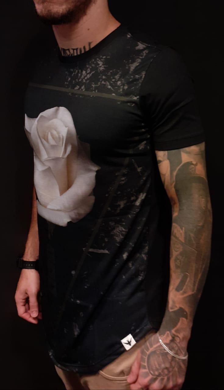 Camiseta Evoque Long Rosas Branca  - Harpia Moda - Moda Masculina & Acessórios