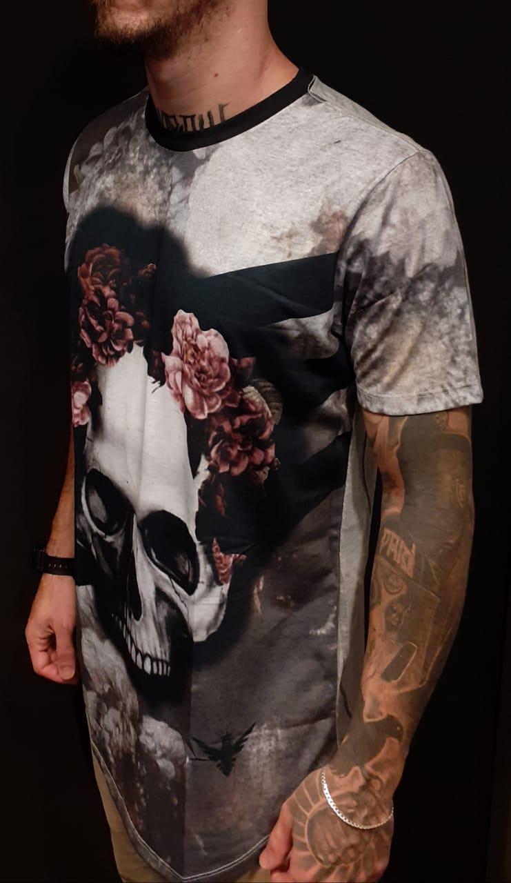 Camiseta Evoque Long Skull Pink Flower Gray  - Harpia Moda - Moda Masculina & Acessórios