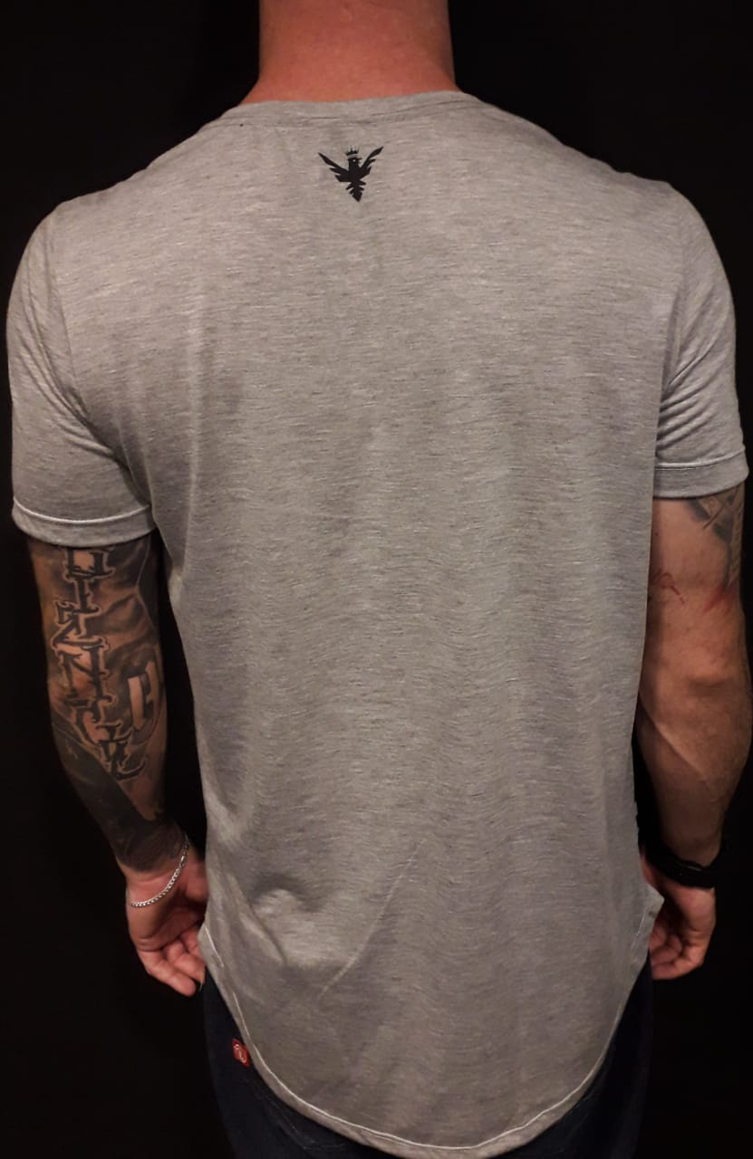 Camiseta Evoque Long X Flowers  - Harpia Moda - Moda Masculina & Acessórios