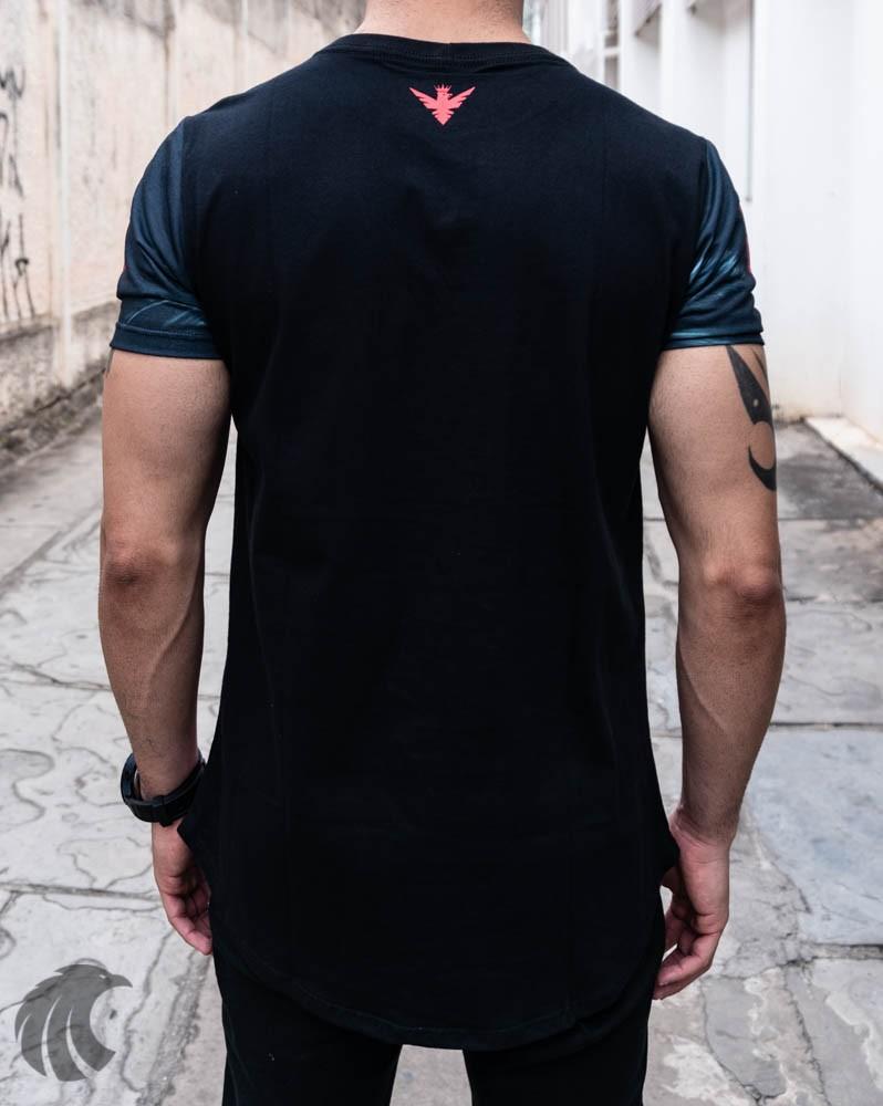 Camiseta Evoque Preta Flores e Cruz  - Harpia Moda - Moda Masculina & Acessórios