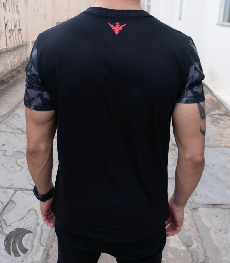 Camiseta Evoque Preto T Shirt Faixa Vermelha Caveira  - Harpia Moda - Moda Masculina & Acessórios