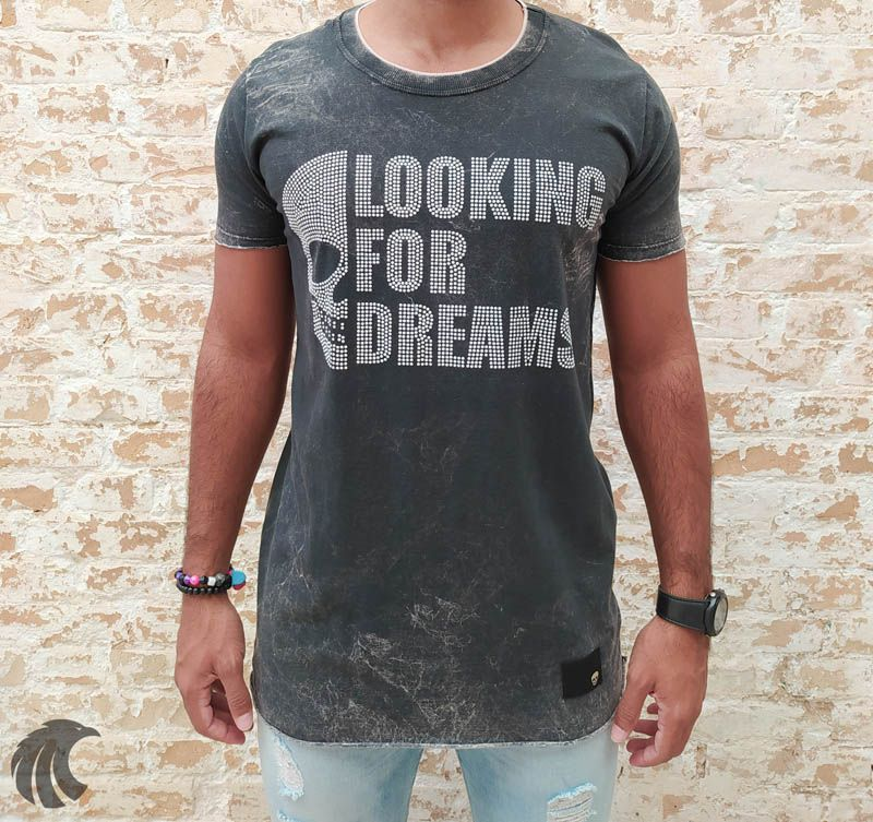 Camiseta John Jones Estonada Looking for Dreams - Harpia Moda - Moda Masculina & Acessórios