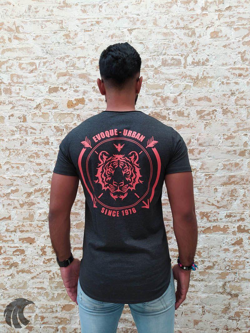 Camiseta Evoque Preta Since 1976  - Harpia Moda - Moda Masculina & Acessórios