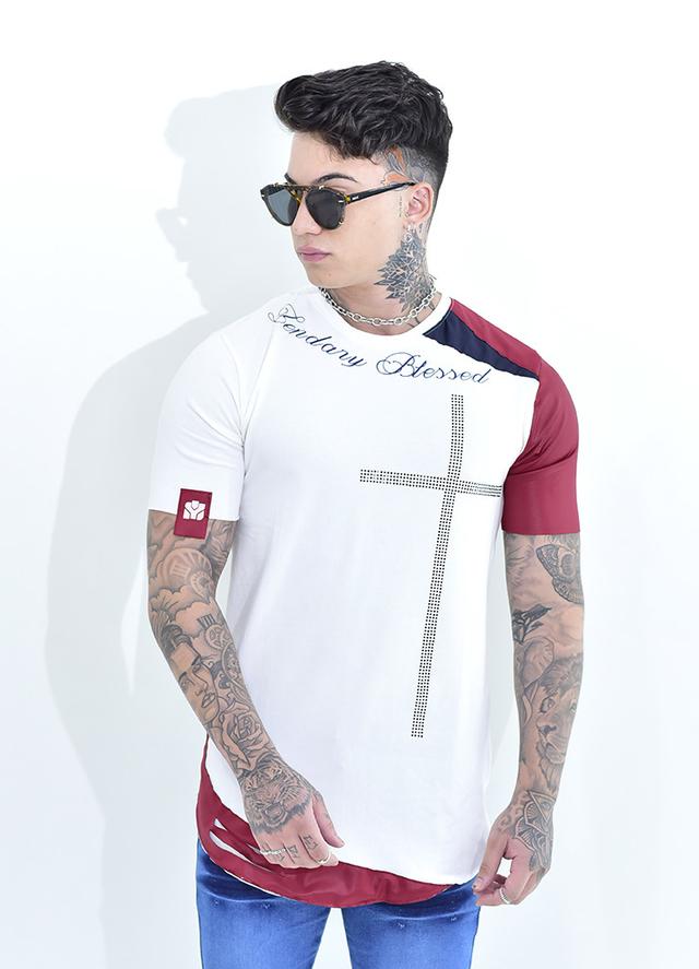 Camiseta Lendary Branca Cruz Detalhes Brilhantes  - Harpia Moda - Moda Masculina & Acessórios
