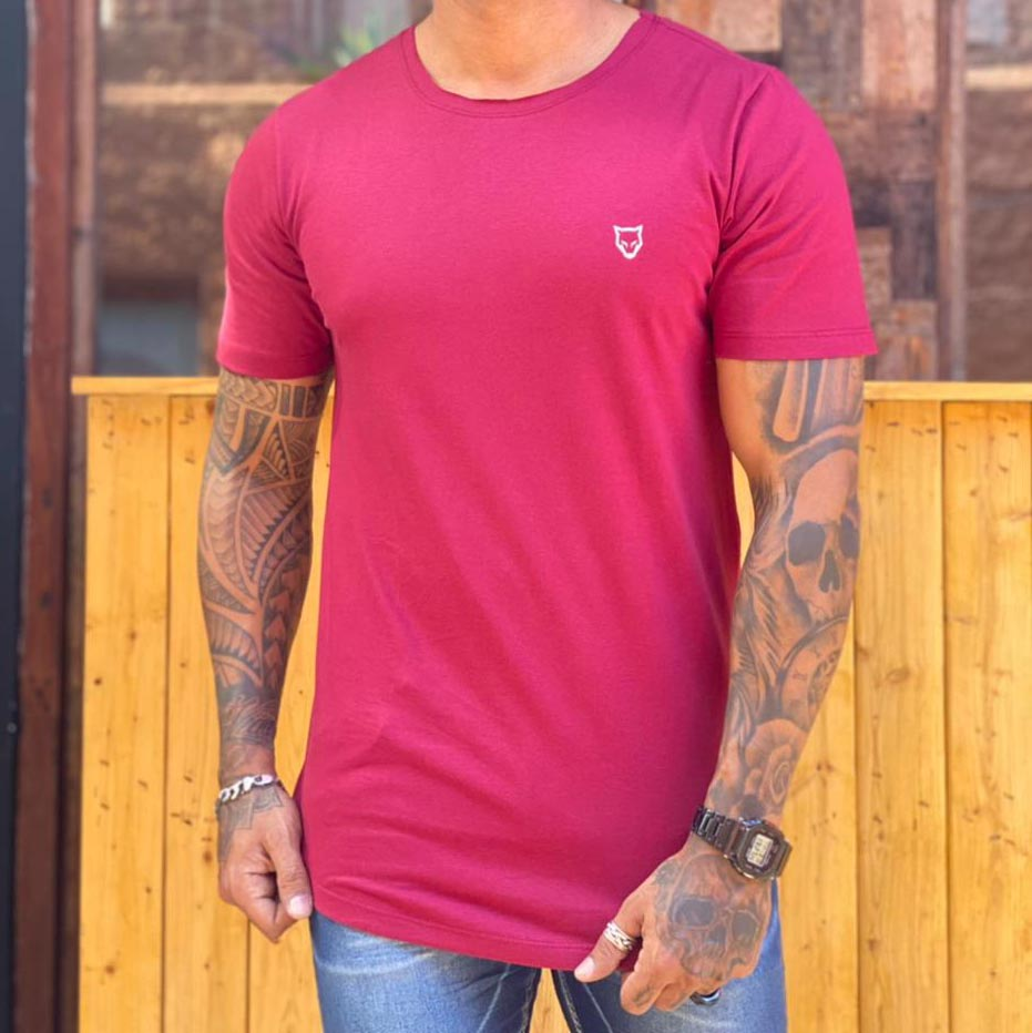 Camiseta Long Line Volk Culture Vinho  - Harpia Moda - Moda Masculina & Acessórios