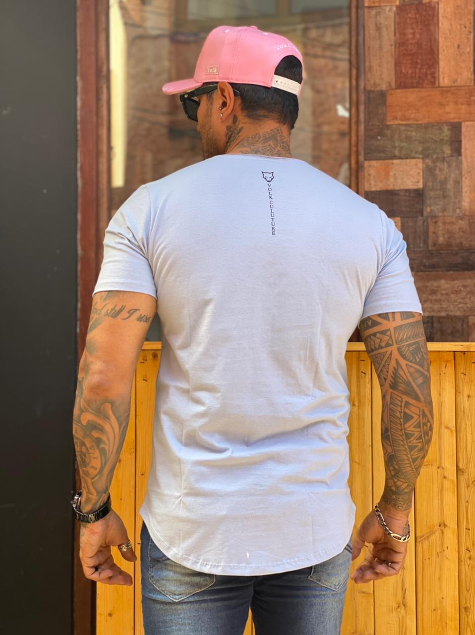 Camiseta Long Line Volk Culture Azul Claro  - Harpia Moda - Moda Masculina & Acessórios