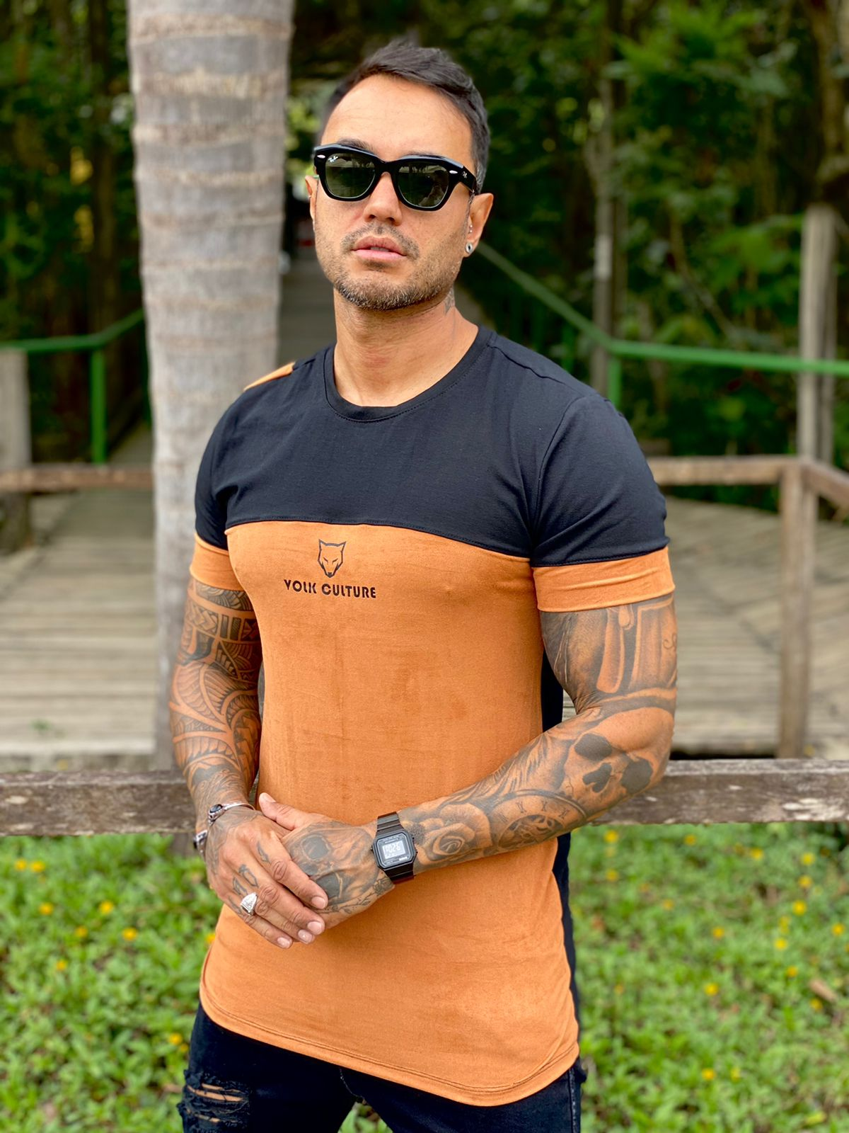 Camiseta Marrom Suede Line Premium Volk Culture  - Harpia Moda - Moda Masculina & Acessórios