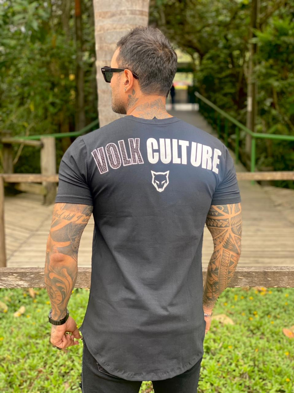Camiseta Preta Caveira Pedraria Long Line Premium Volk Culture  - Harpia Moda - Moda Masculina & Acessórios