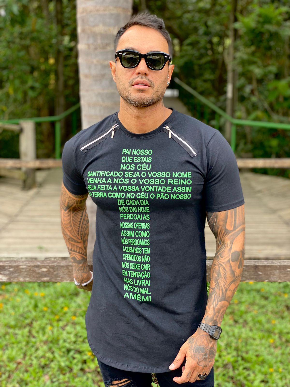 Camiseta Preta Long Cruz Pai Nosso Line Premium Volk Culture  - Harpia Moda - Moda Masculina & Acessórios