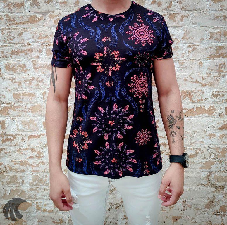 Camiseta Starpolis Black Neon Flowers  - Harpia Moda - Moda Masculina & Acessórios