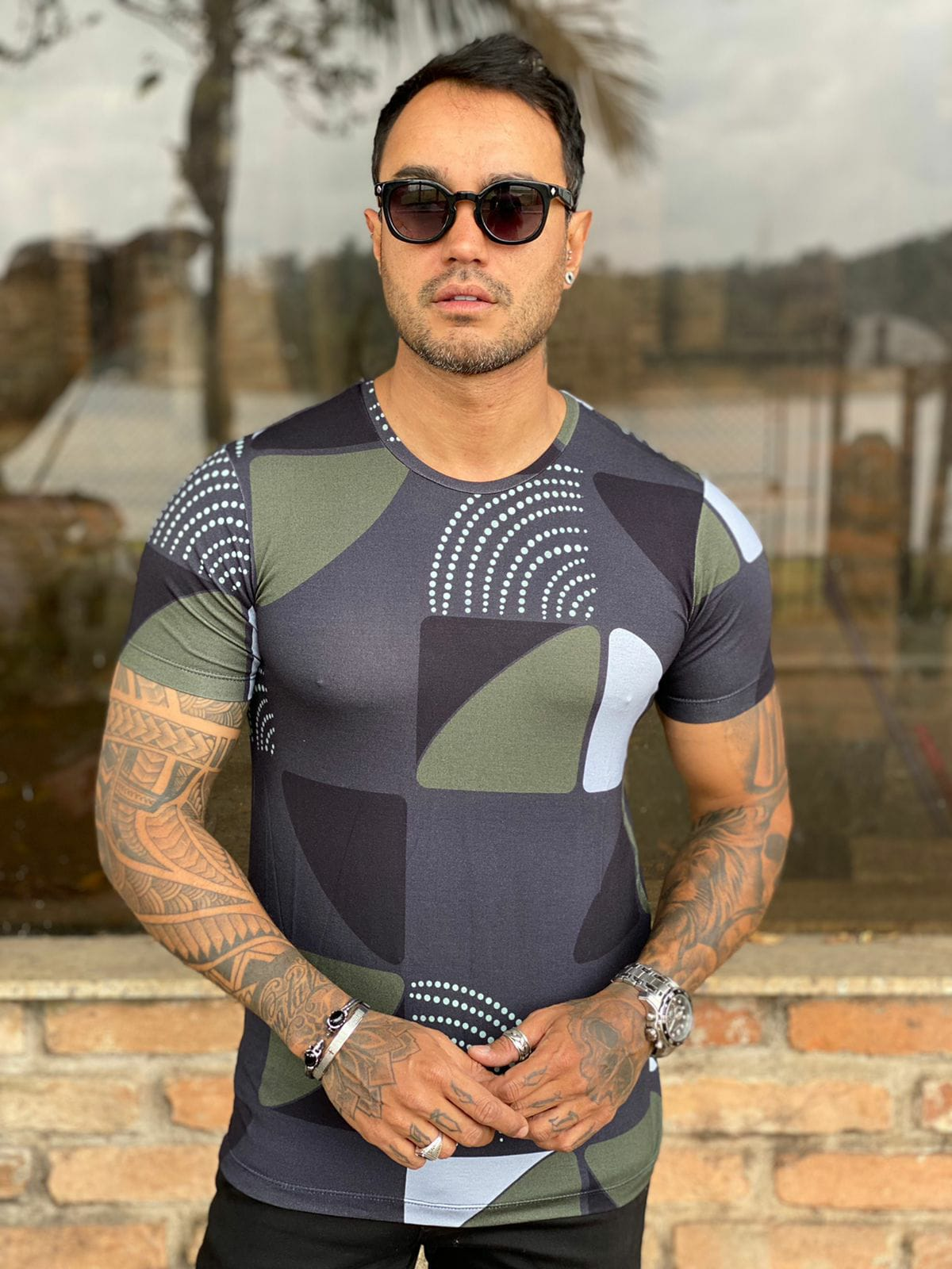 Camiseta Starpolis Preto Formas  - Harpia Moda - Moda Masculina & Acessórios