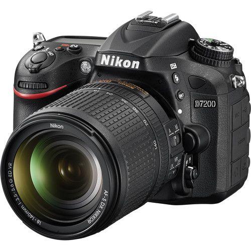 Câmera Nikon D7200 com Lente 18-140mm