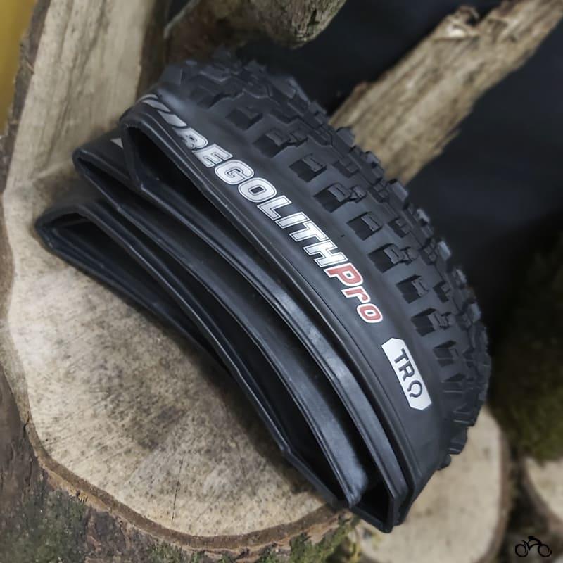 Pneu de Bicicleta Kenda Regolith Pro 29 x 2.20 Tr Mtb Kevlar