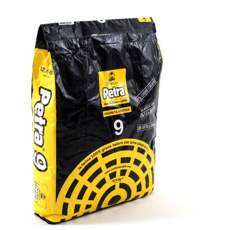 Farinha Orgânica Integral moída na pedra Petra 9  saco 25kg