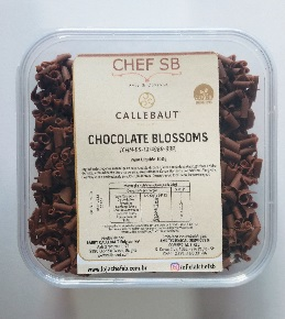 Raspas de chocolate ao leite Callebaut blossoms 150g