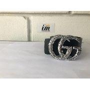 Cinto Da Gucci Importado Em Couro Prata Brilhante Detalhado