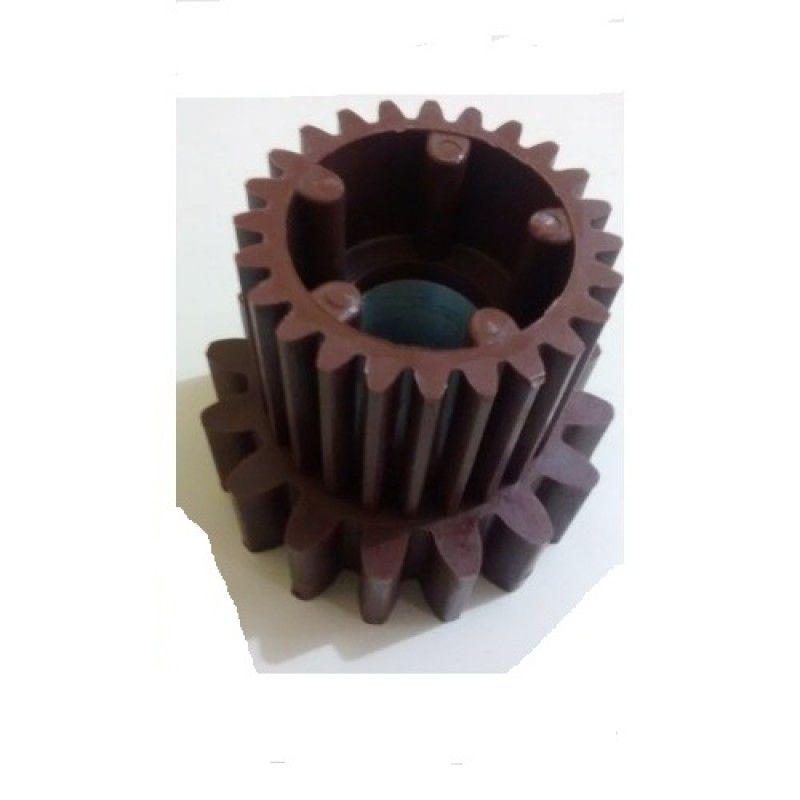 Engrenagem 16 Dentes  C/ Arruela P/  Motor Peccinin Modelo Antigo