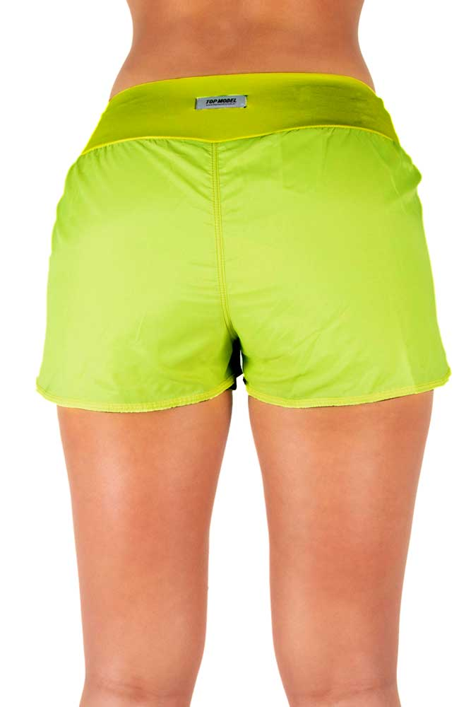 SHORTS SOBREPOSTO VERDE LIMÃO TOP MODEL