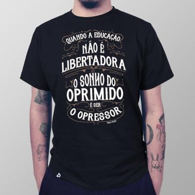 Camiseta Educação Libertadora