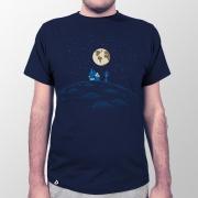 Camiseta Masculina Colônia Lunar