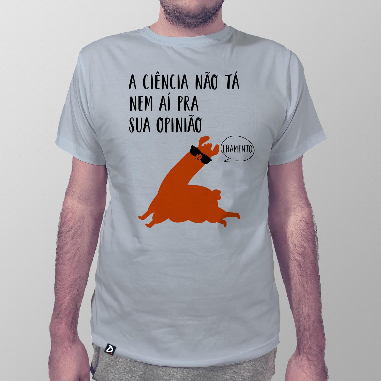 Camiseta Ciência e Opinião Lhama Edition
