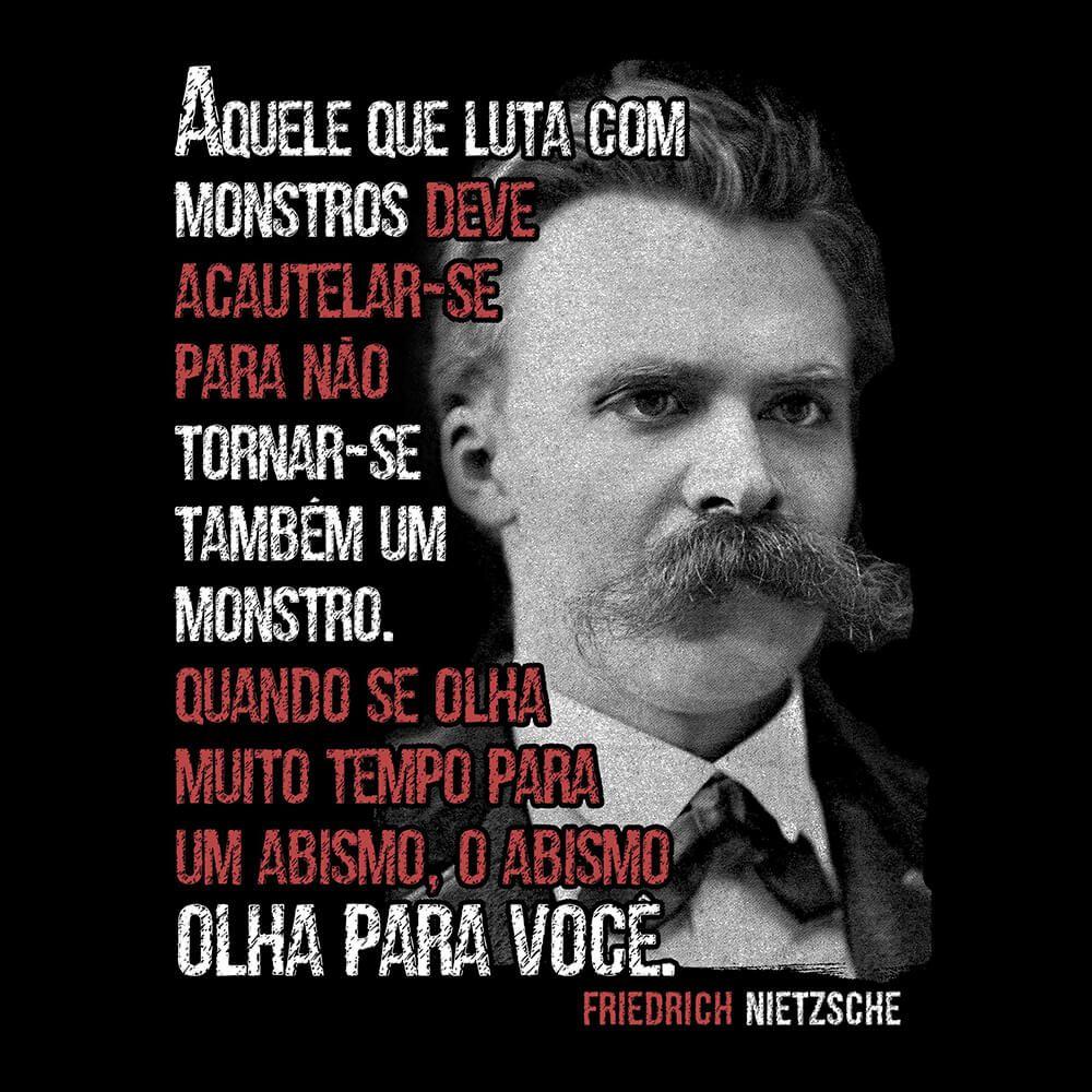 Camiseta Monstros - Nietzsche - Feminino