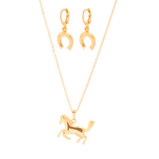 Conjunto Colar e Brinco com pingente Cavalo Country folheado em ouro 18k