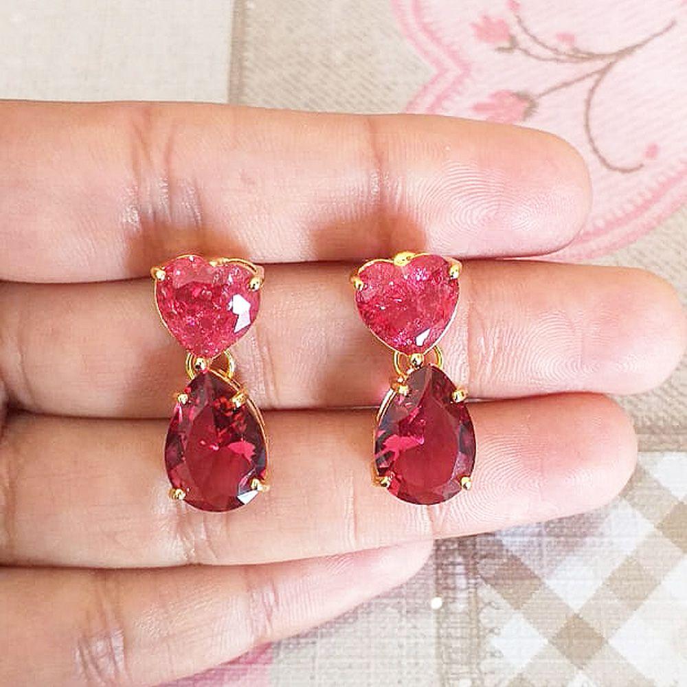 Brinco Com  Pedra Fusion Coração E Gota Rosa  Folheado A Ouro 18k
