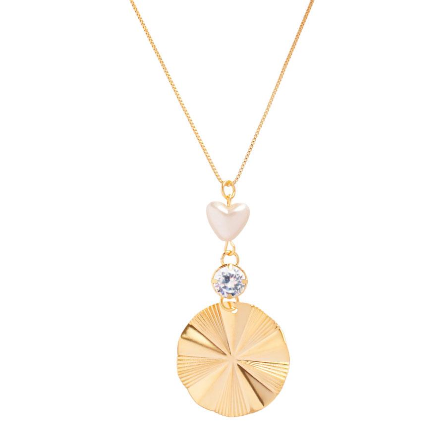 Colar Medalha Redonda Com Detalhes Coração Pérola E Cristal Folheado A Ouro 18k