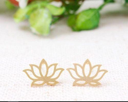 Par De Brinco Flor De Lotus Folheado  Lembrancinha Casamento