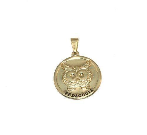 Pingente Medalha De Pedagogia Professora Folheado A Ouro 18k