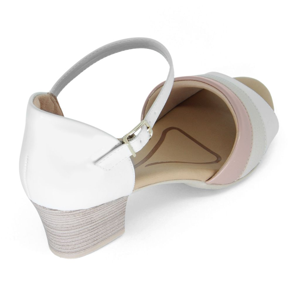 Sandália Comfortflex Salto Médio Verniz