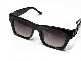 Óculos De Sol Masculino Quadrado Detalhe Lateral