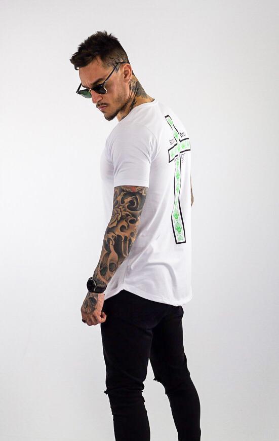 Camiseta Longline Masculina Branca Cruz