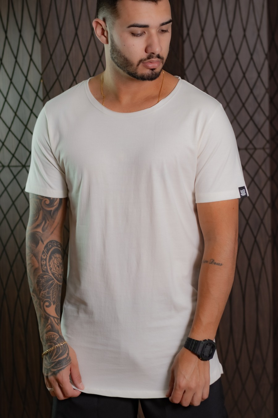 Camiseta Longline Masculina branco gelo