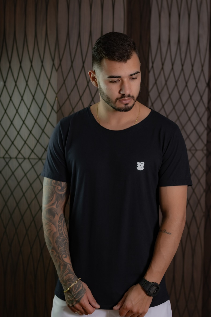 Camiseta Longline Masculina Preta  glob