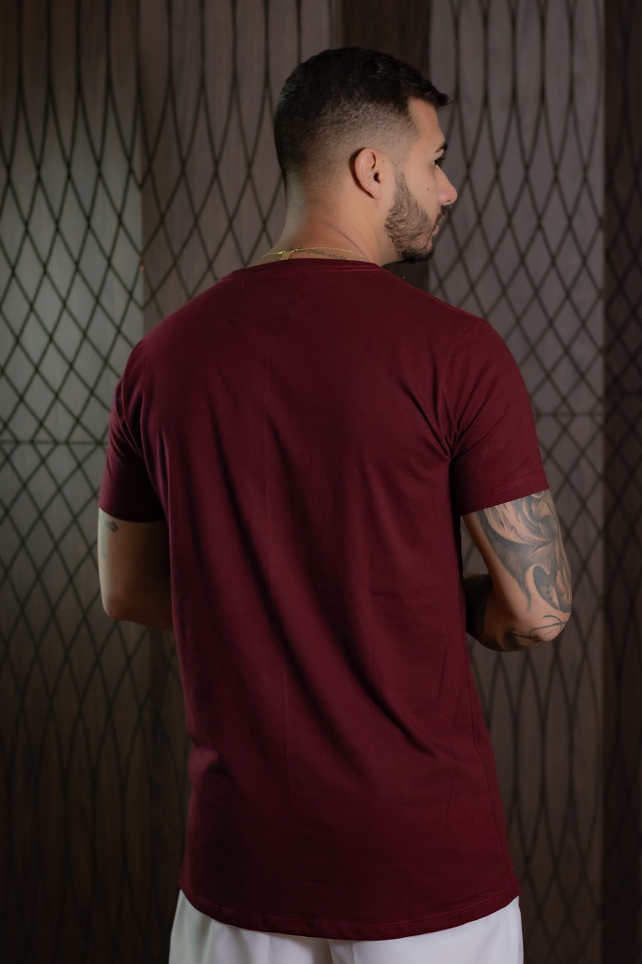Camiseta Masculina bordô list