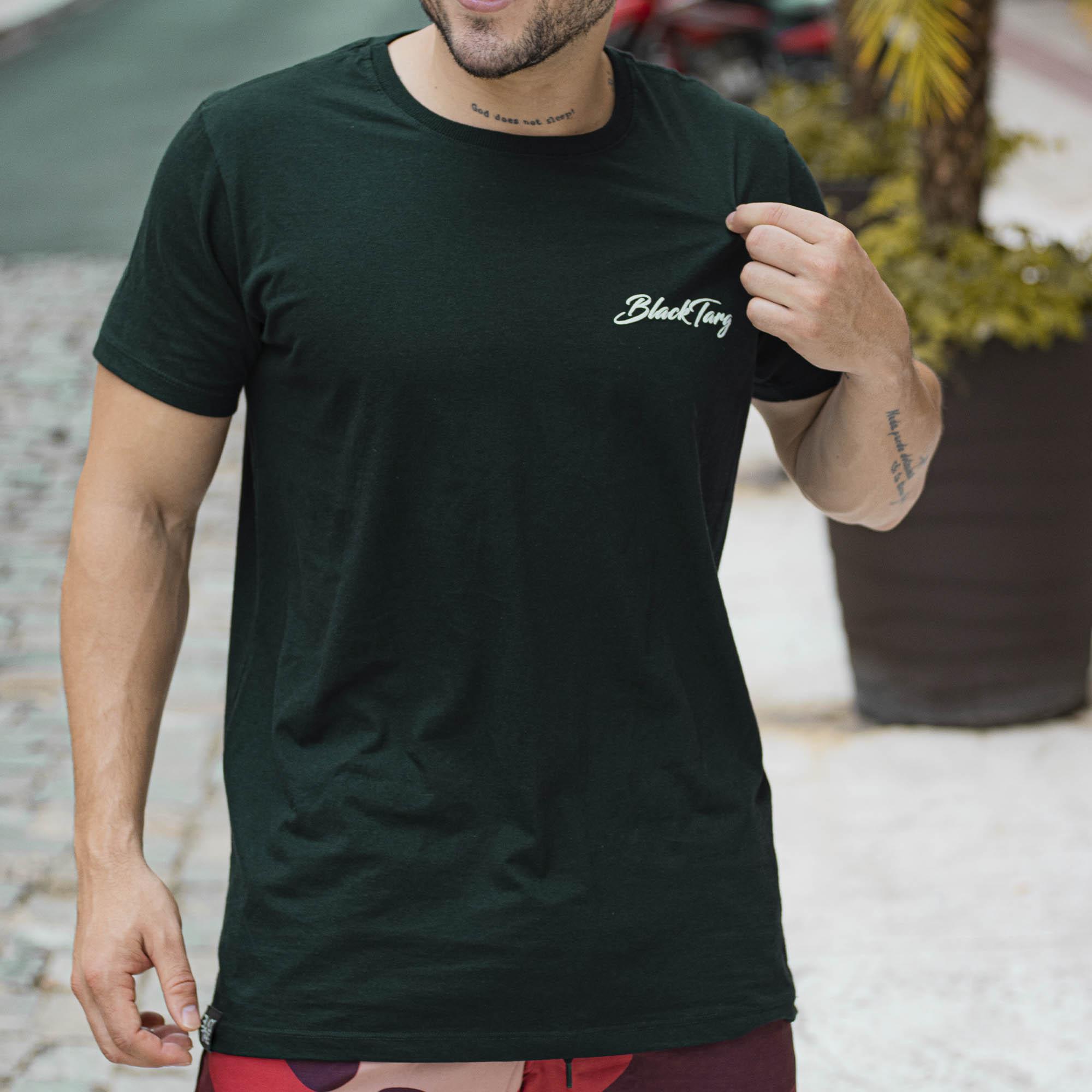 Camiseta Masculina Darkness Basic