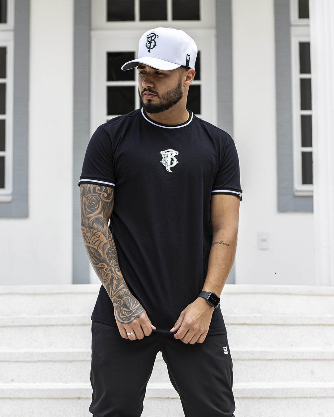 Camiseta Masculina Preta Retilinea Shadow Wild