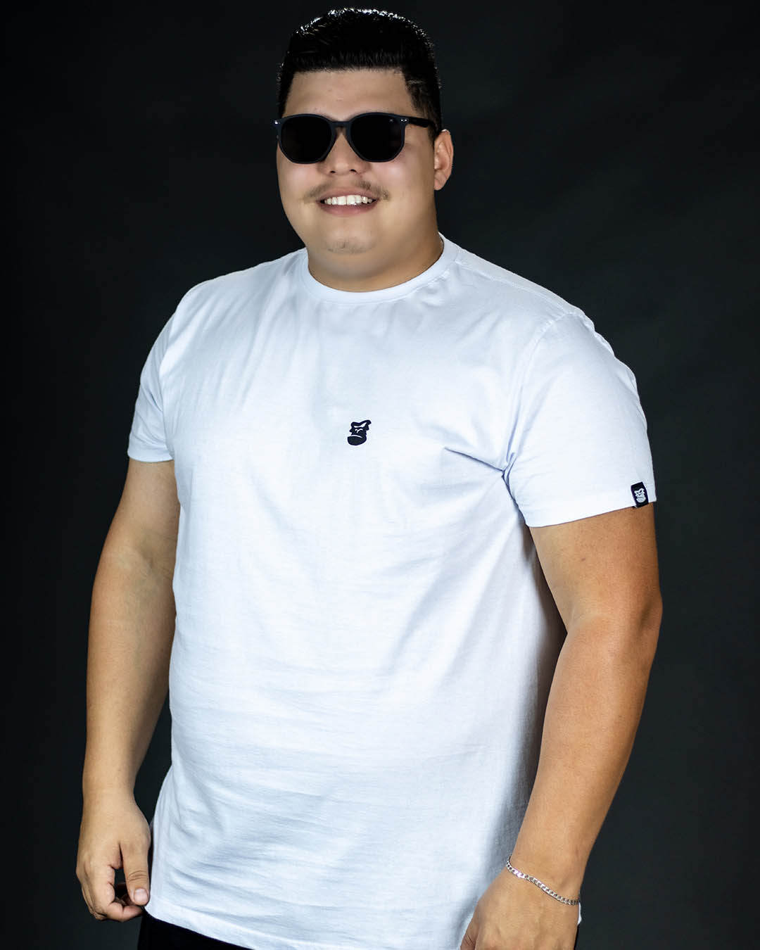 Camiseta Plus Size Branca Life Well Masculina