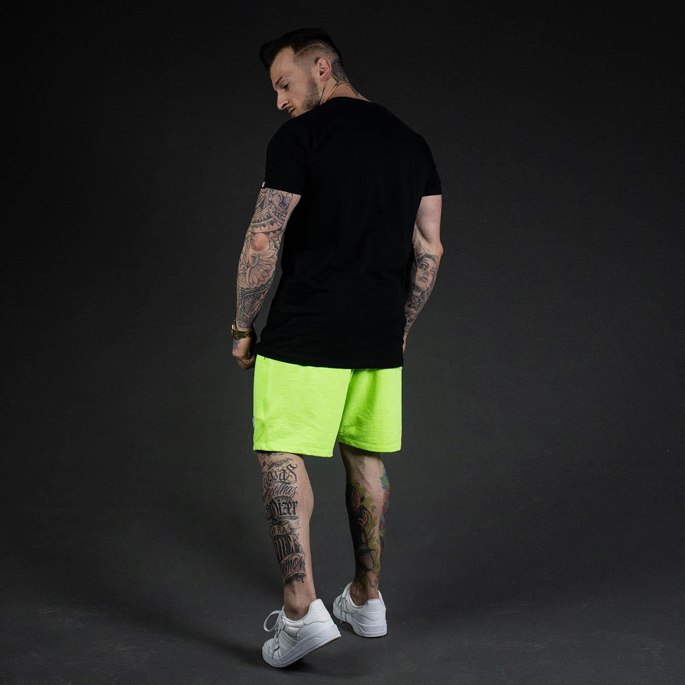 Kit Camiseta Longline Black Night + Shorts Moletom Verde Firefly