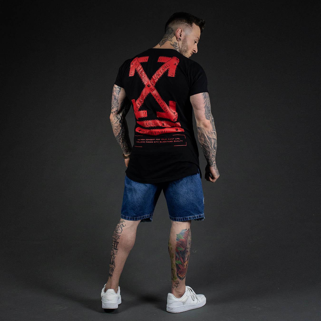 Kit Camiseta Longline Preta Arrow Red + Shorts Jeans Destroyed