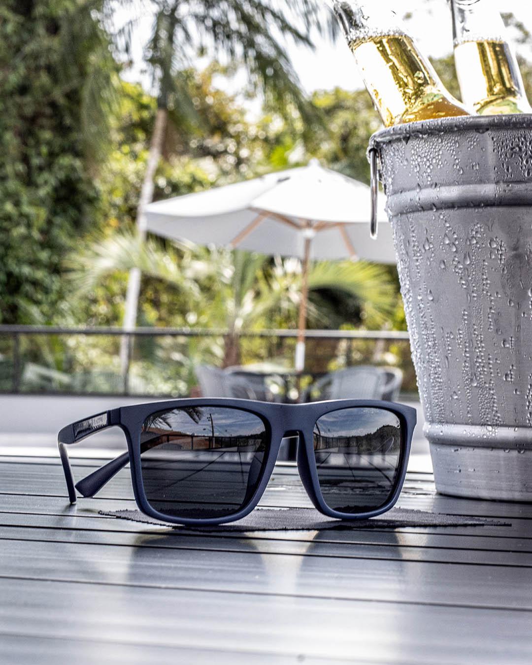 Óculos de Sol Carbon Resist