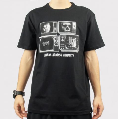 Camiseta Blunt Television - Preto