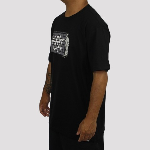 Camiseta Blunt Wall - Preta