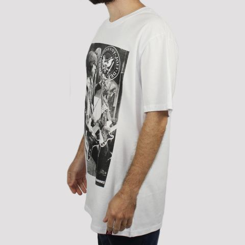 Camiseta Chemical Ramones Guitar - Branca