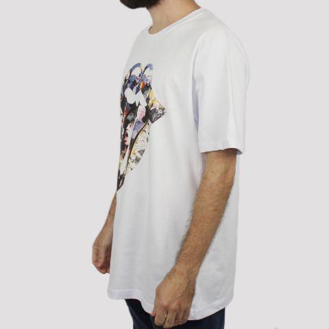 Camiseta Chemical Stones Kiss - Branca